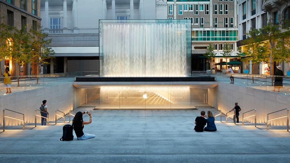 Apple Store di Piazza Liberty - Neomag.