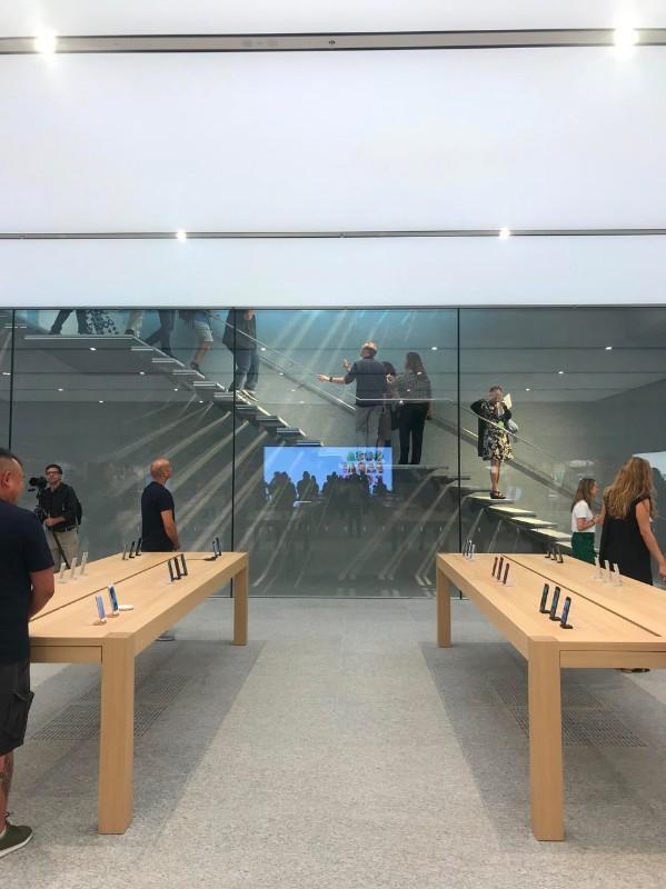 Apple Store Liberty Milano - Neomag.