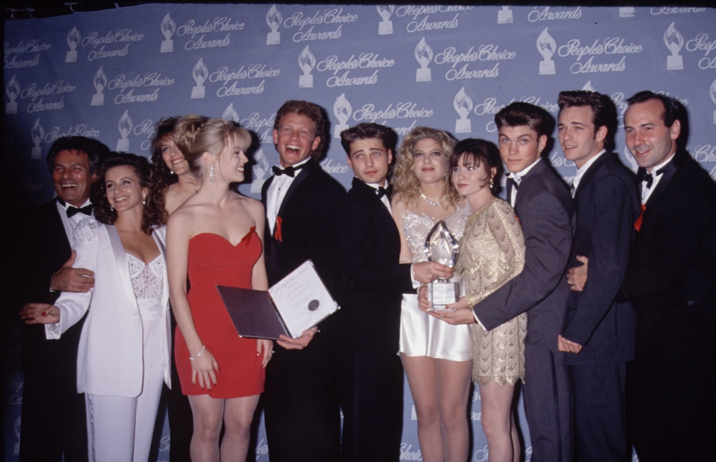 Attori Beverly Hills, 90210 - Neomag.