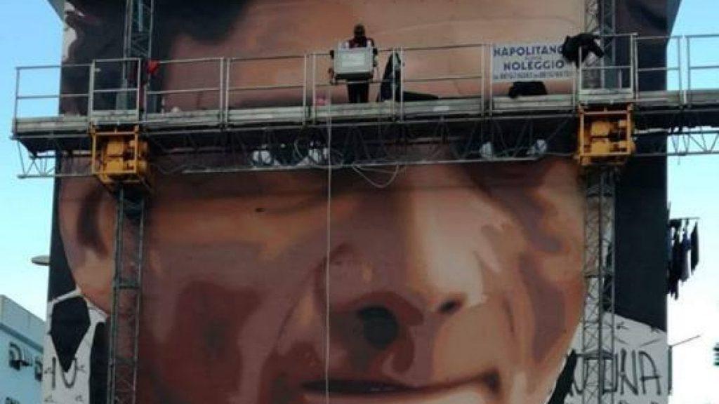 Due - nuovi - maxi - murales - di -Scampia - Neomag.