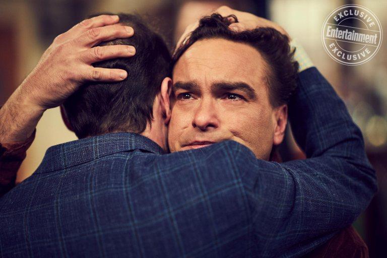 Leonard e Sheldon ultimo abbraccio - Neomag.