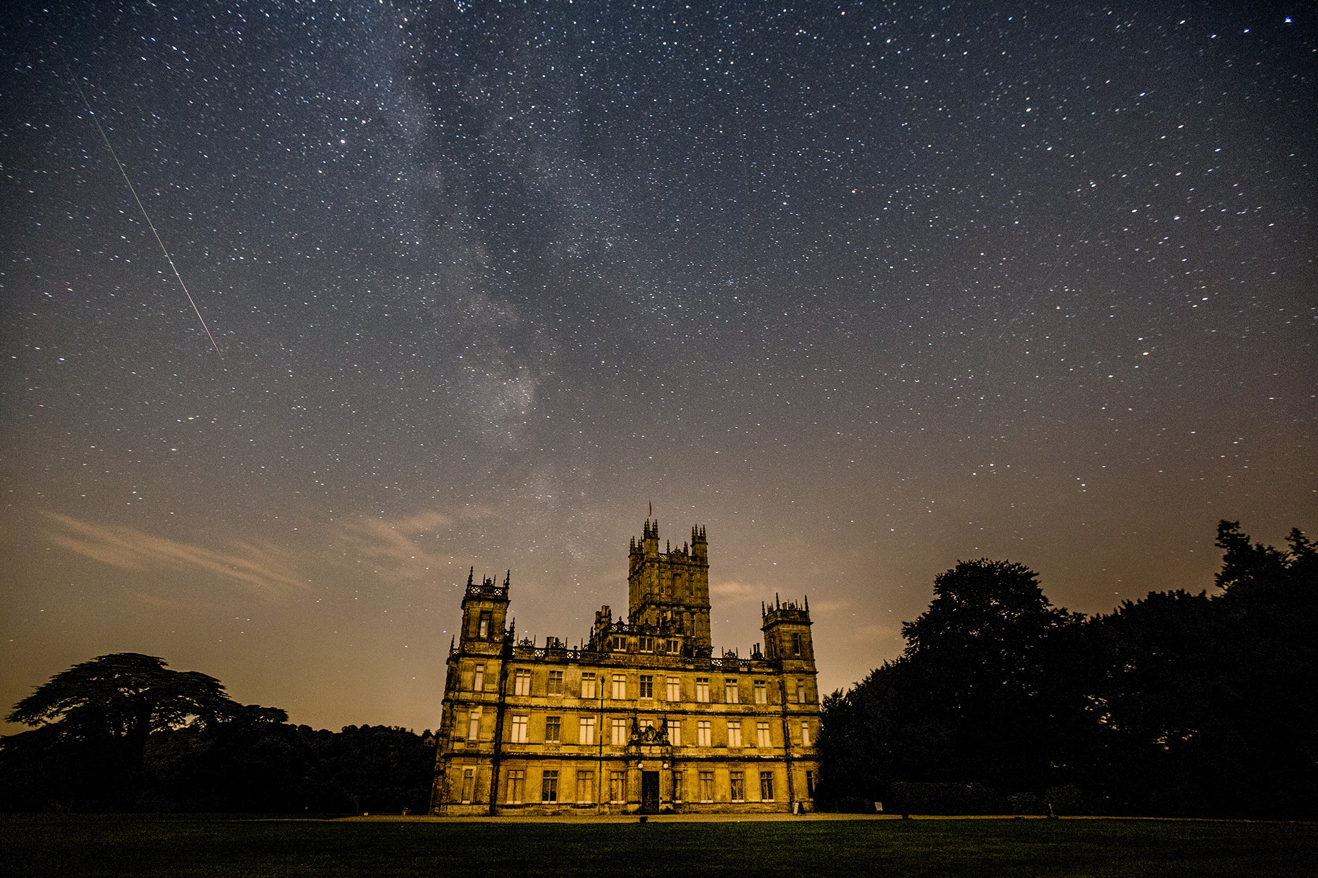 Castle Downton Abbey di Notte - Neomag.