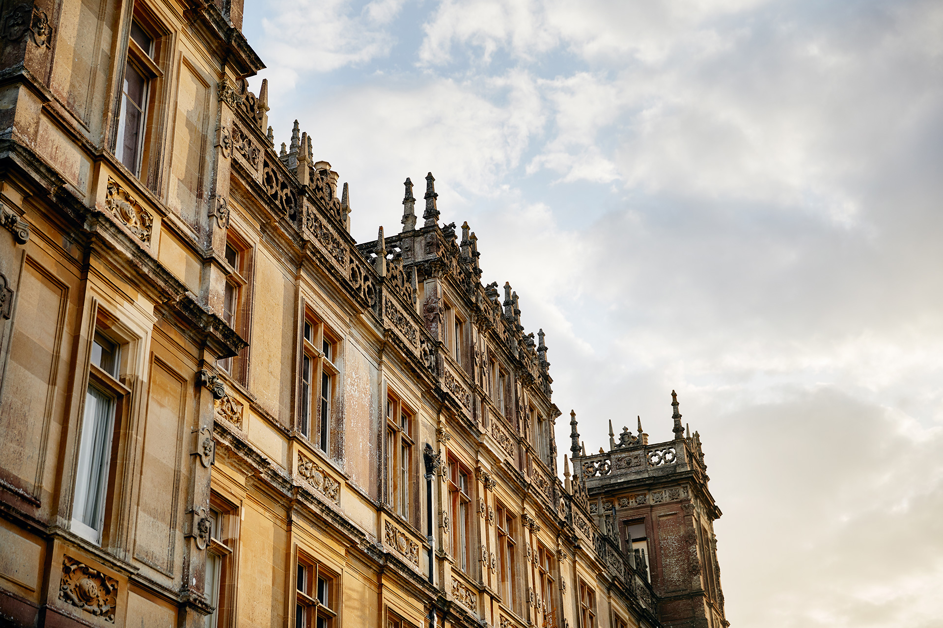 Airbnb Highclere Castle - Neomag.