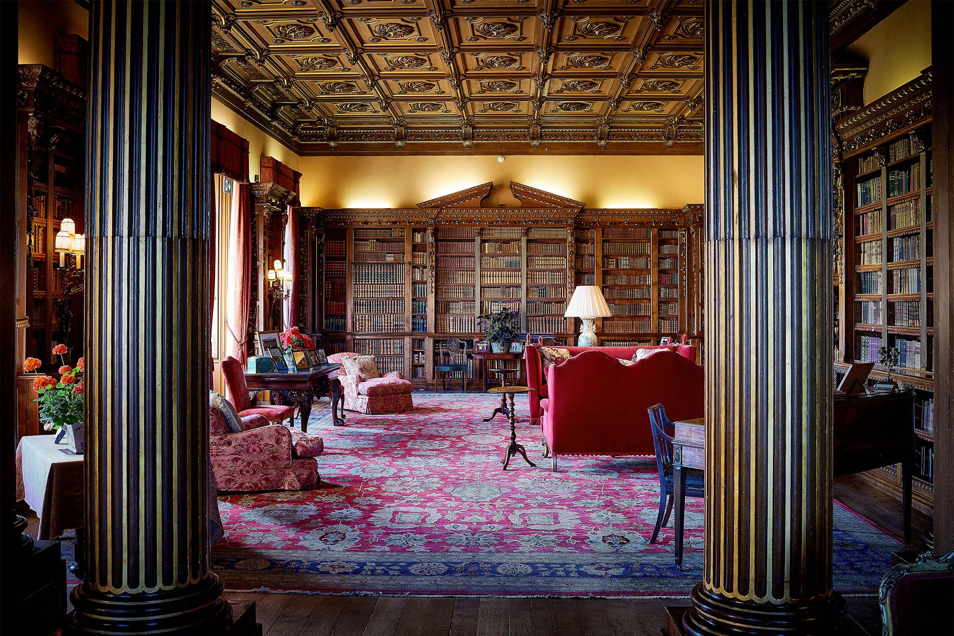 Libreria di Highclere Castle - Neomag.