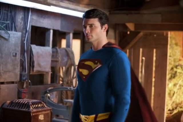 Tom Welling Superman - Neomag.