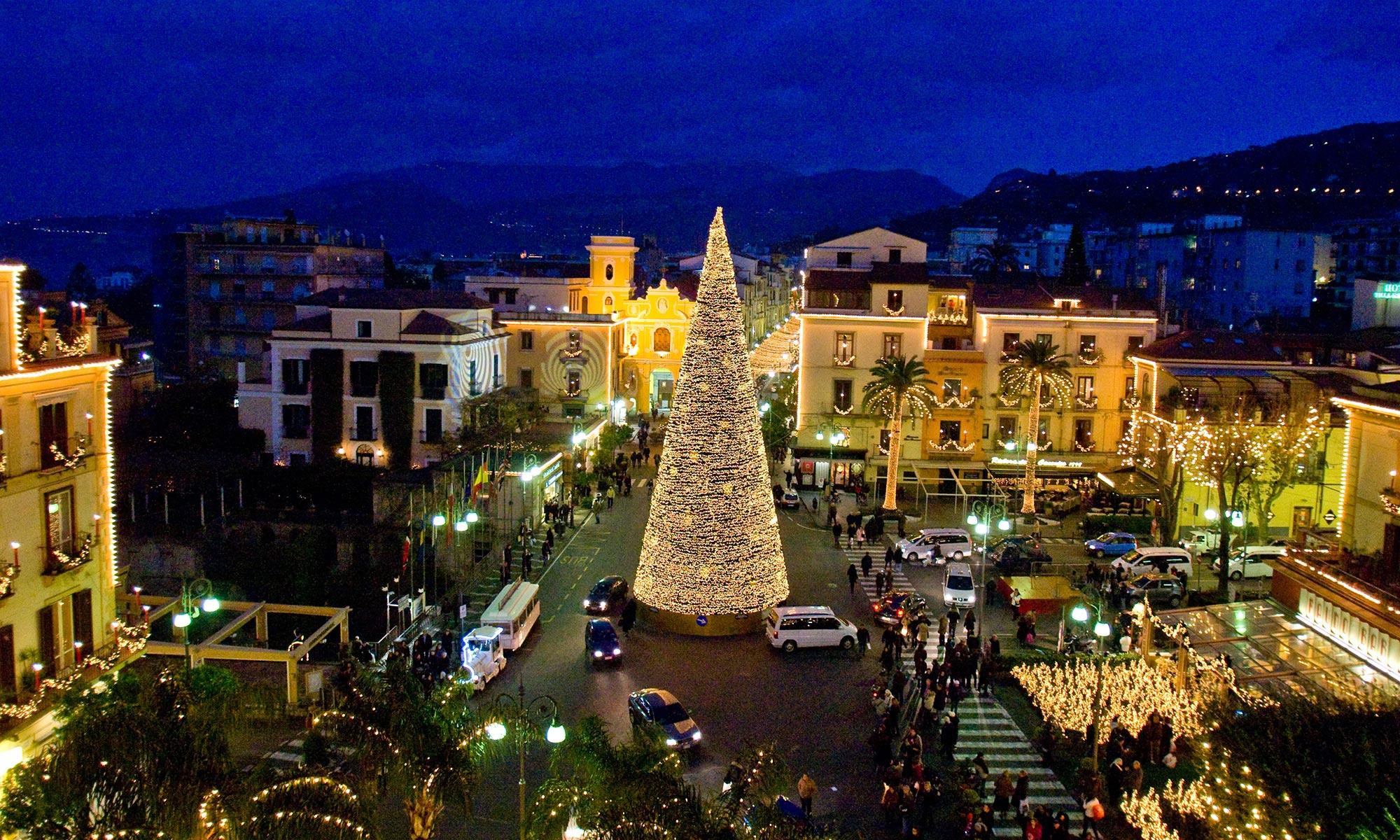 Luminarie di Natale a Napoli - Neomag.