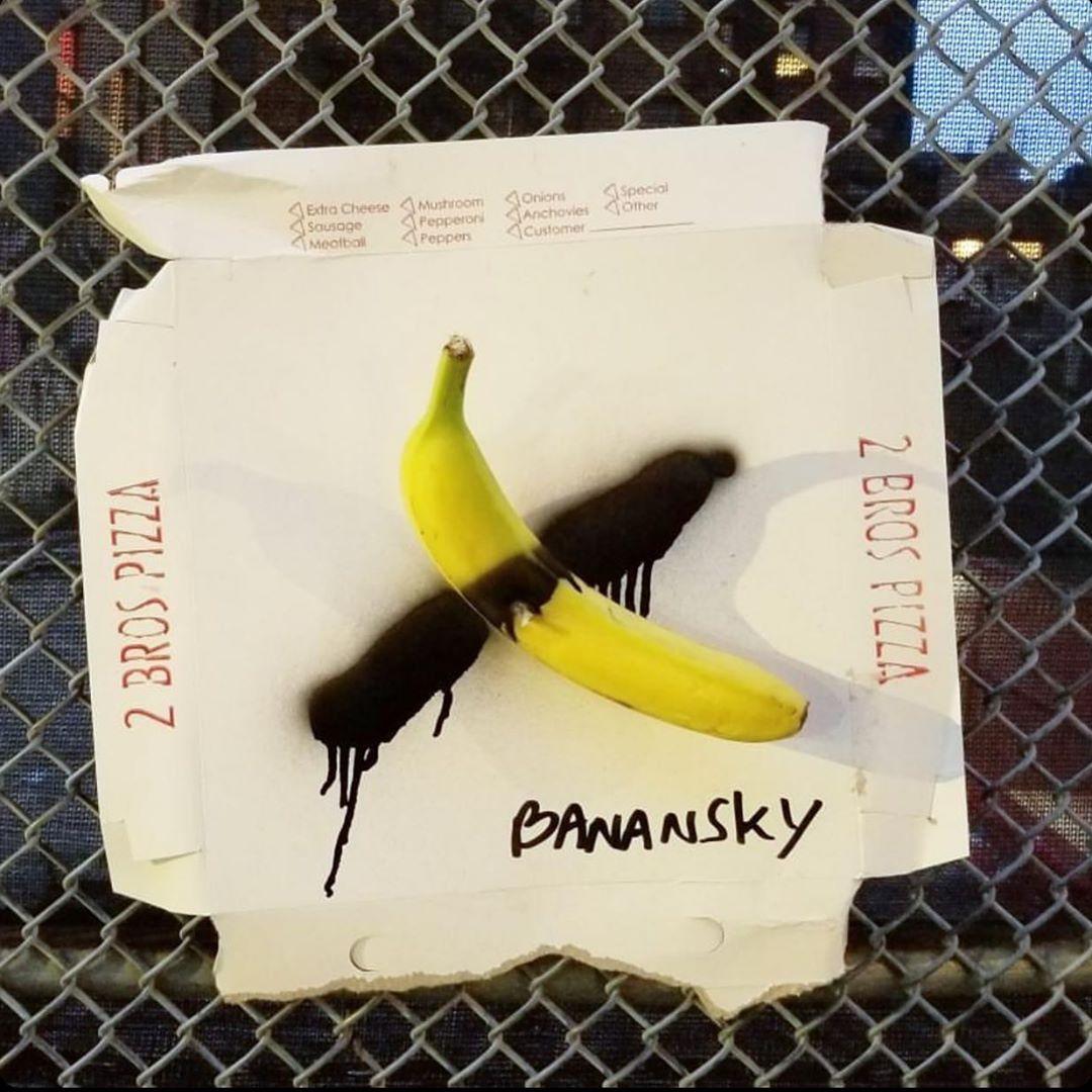 Banana Banksy - Neomag.