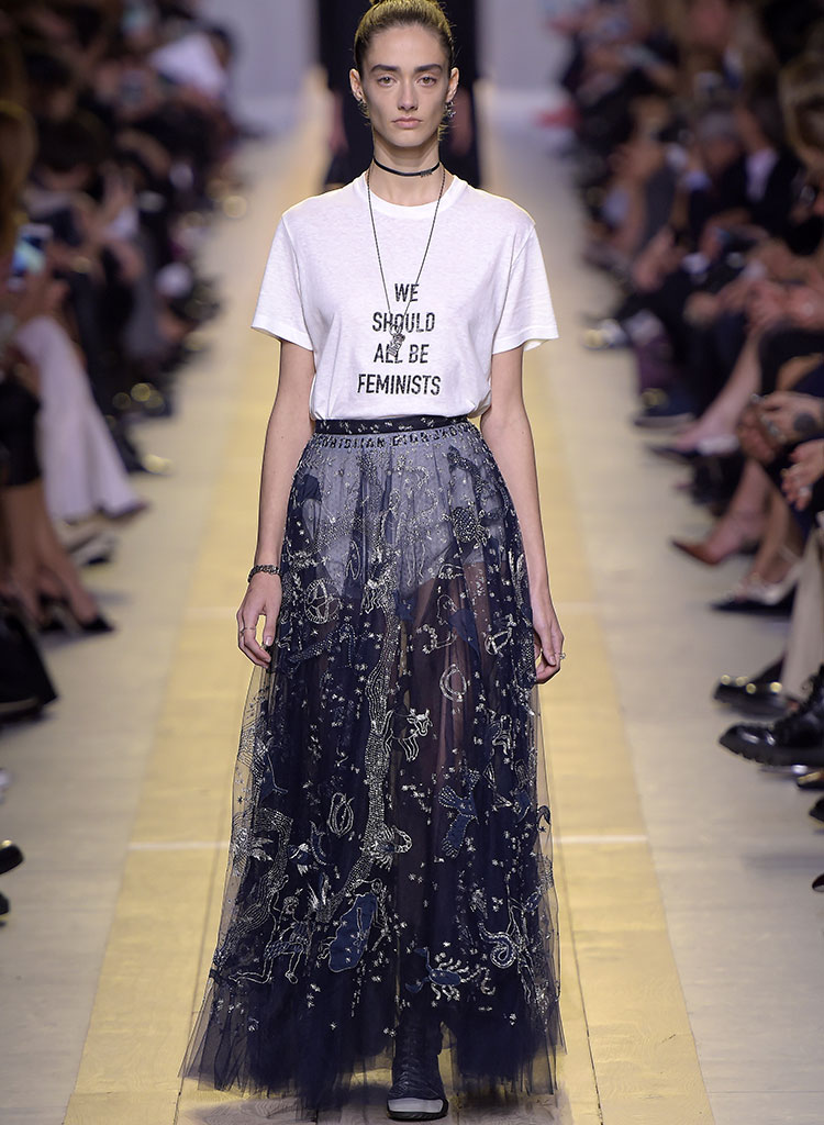 Dior 'We Should All Be Feminists' T-shirt - Neomag.