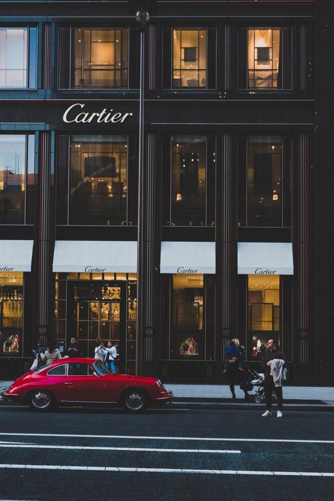 Vetrina di Cartier - Neomag.