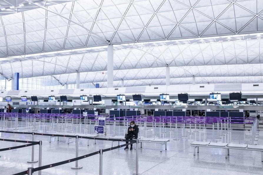 Aeroporto Internazionale di Hong Kong - neomag.