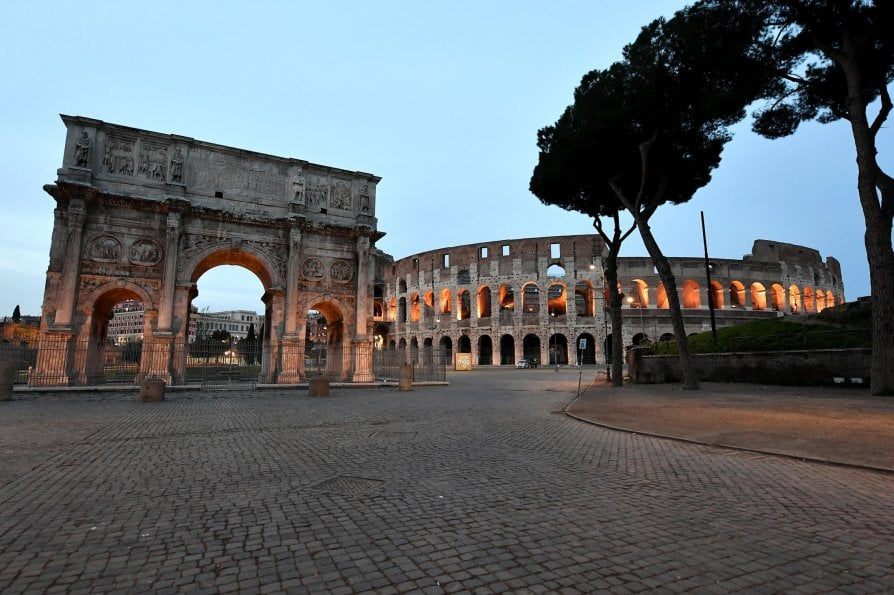 Colosseo Vuoto - neomag.