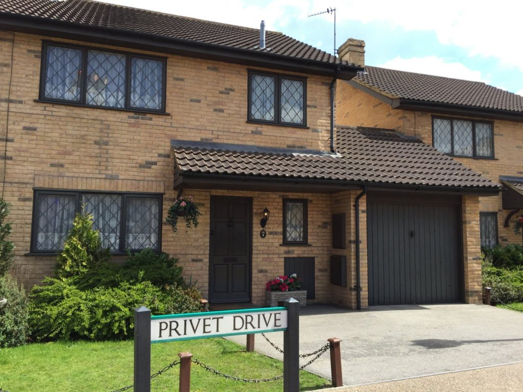 La casa di Harry Potter al numero 4 di Privet Drive - neomag.