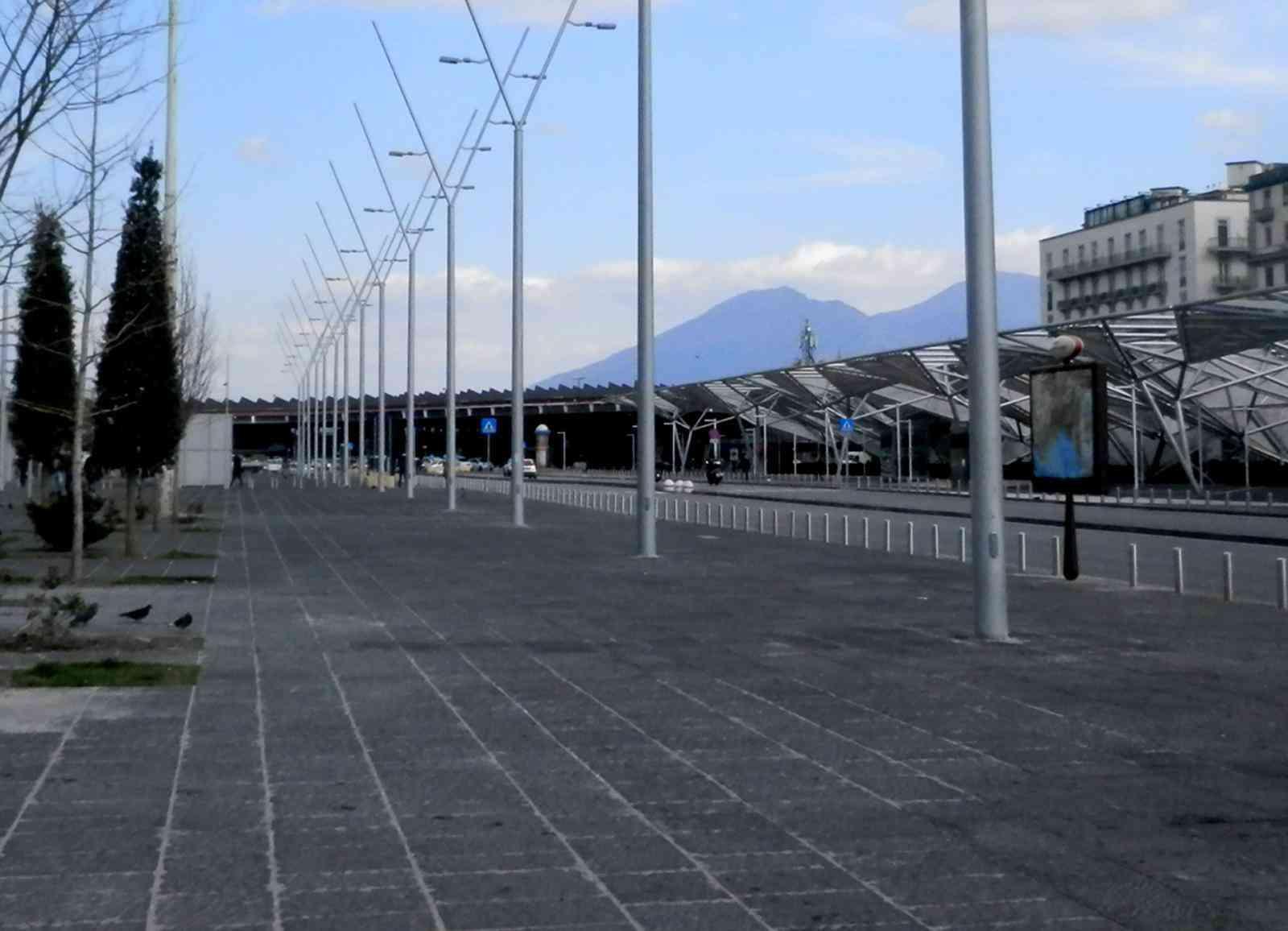 Piazza Garibaldi coronavirus - neomag.