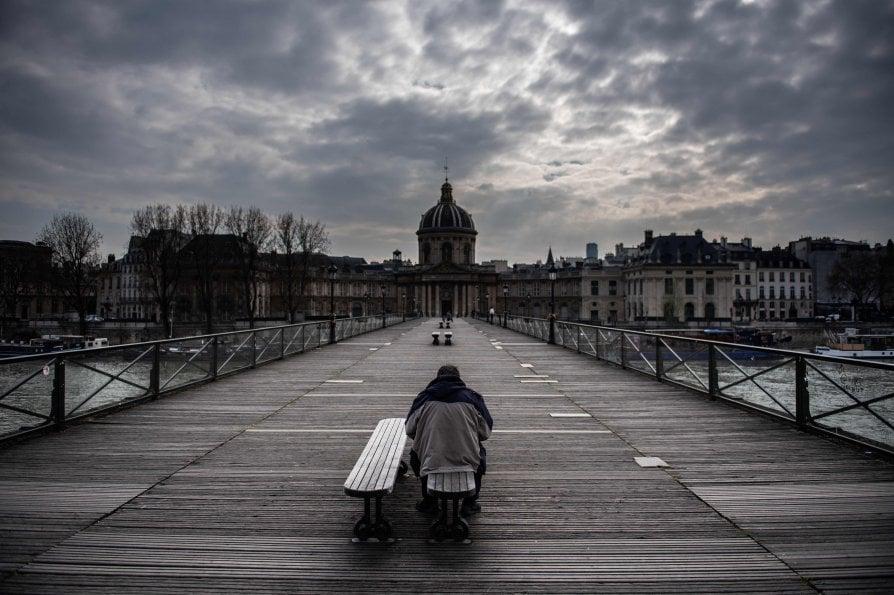 Pont Des Arts a Parigi - neomag.