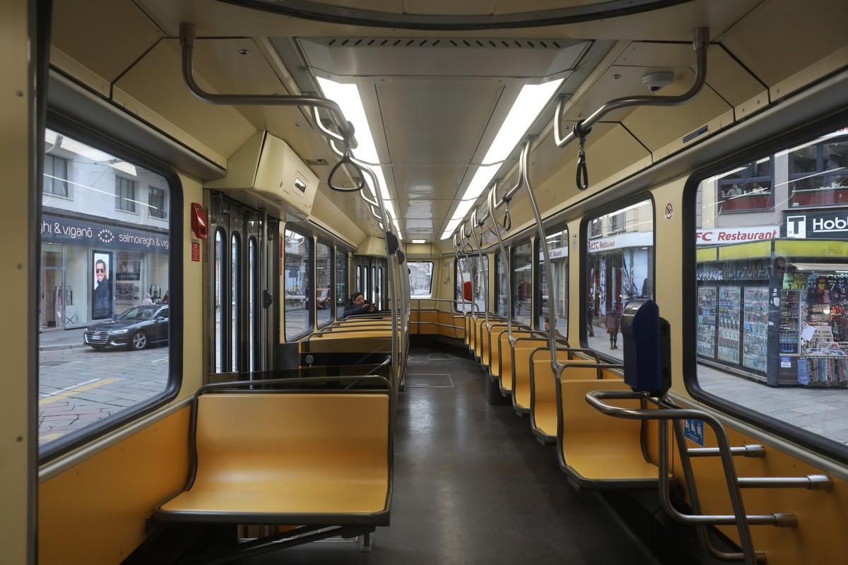Tram Vuoto a Milano - neomag.