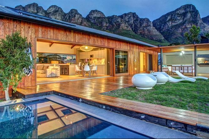 Villa su Airbnb - neomag.