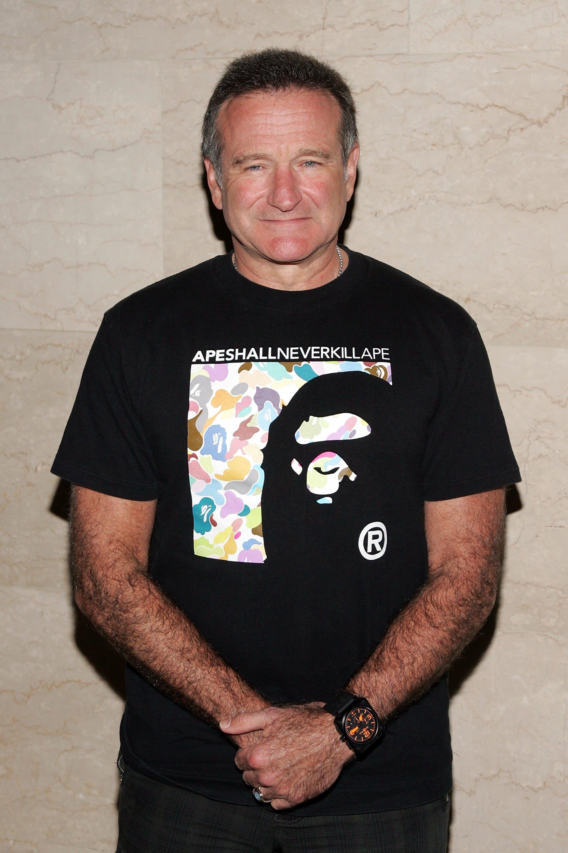 robin williams bape t-shirt - neomag.
