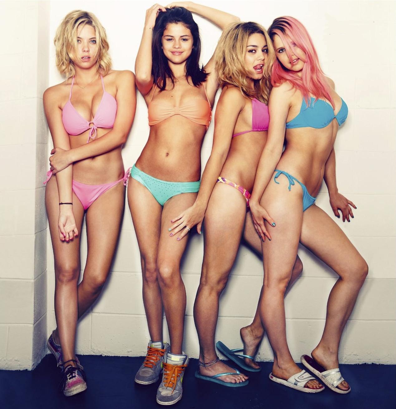 Bikini in Spring Breakers ' Girls - neomag.