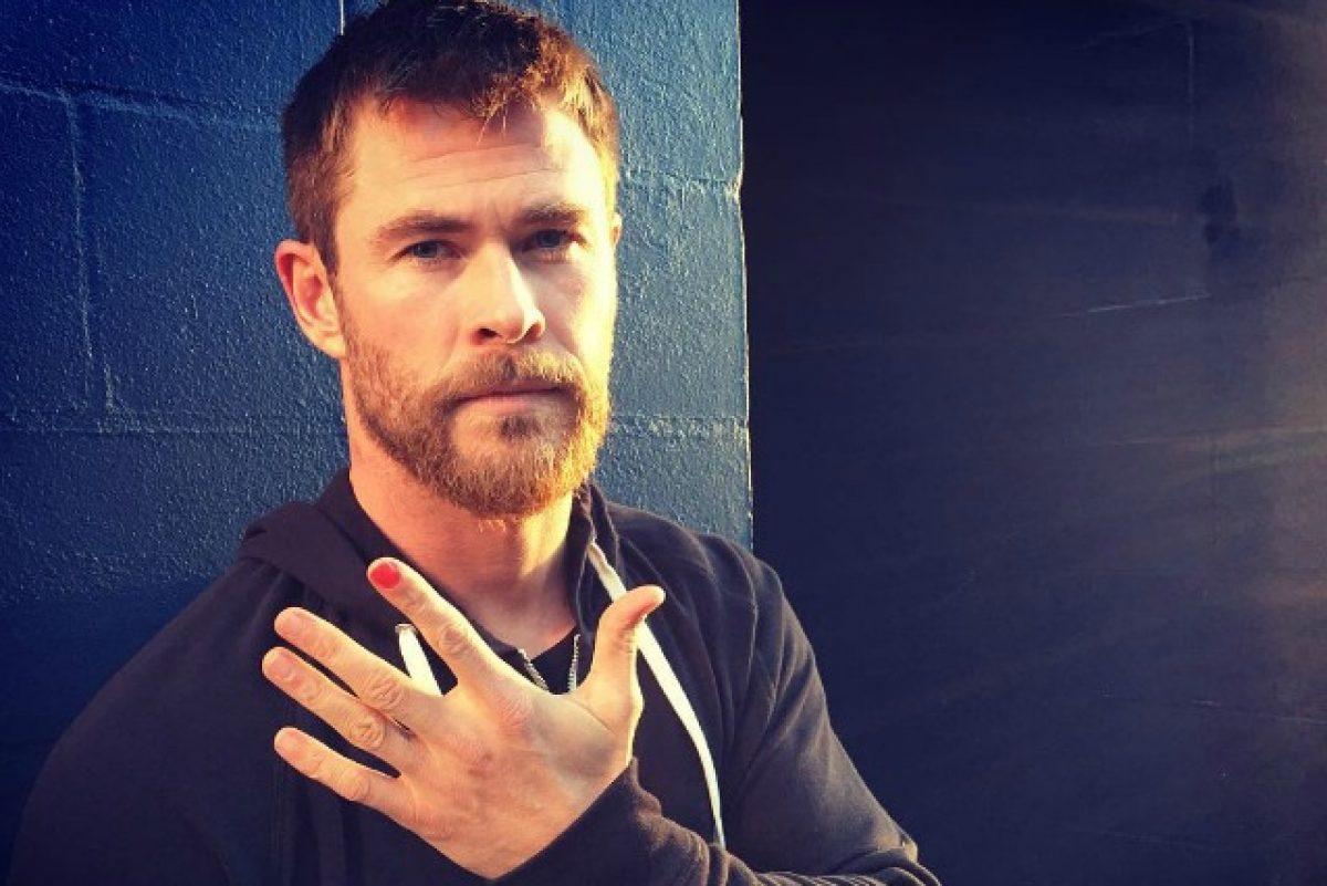 Chris Hemsworth con lo smalto - neomag.