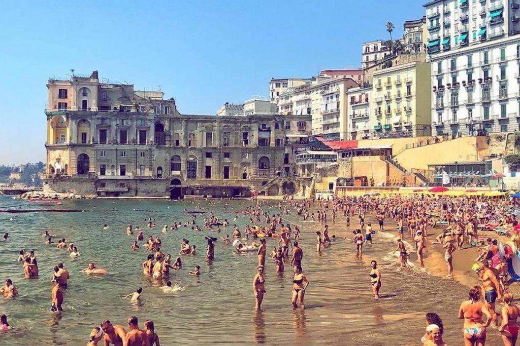 Spiagge libere di Napoli - neomag.