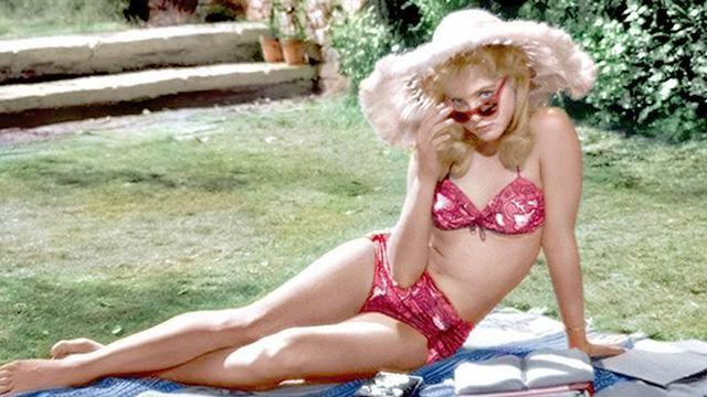 Sue Lyon in Lolita - Neomag.