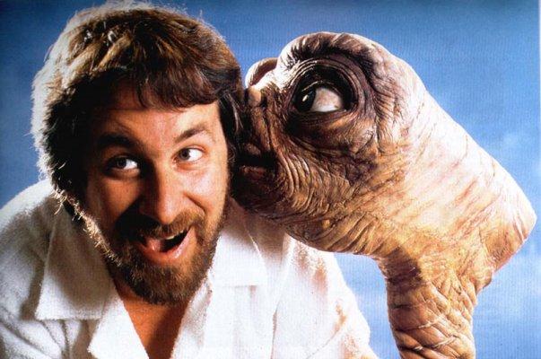 et con Spielberg - neomag.
