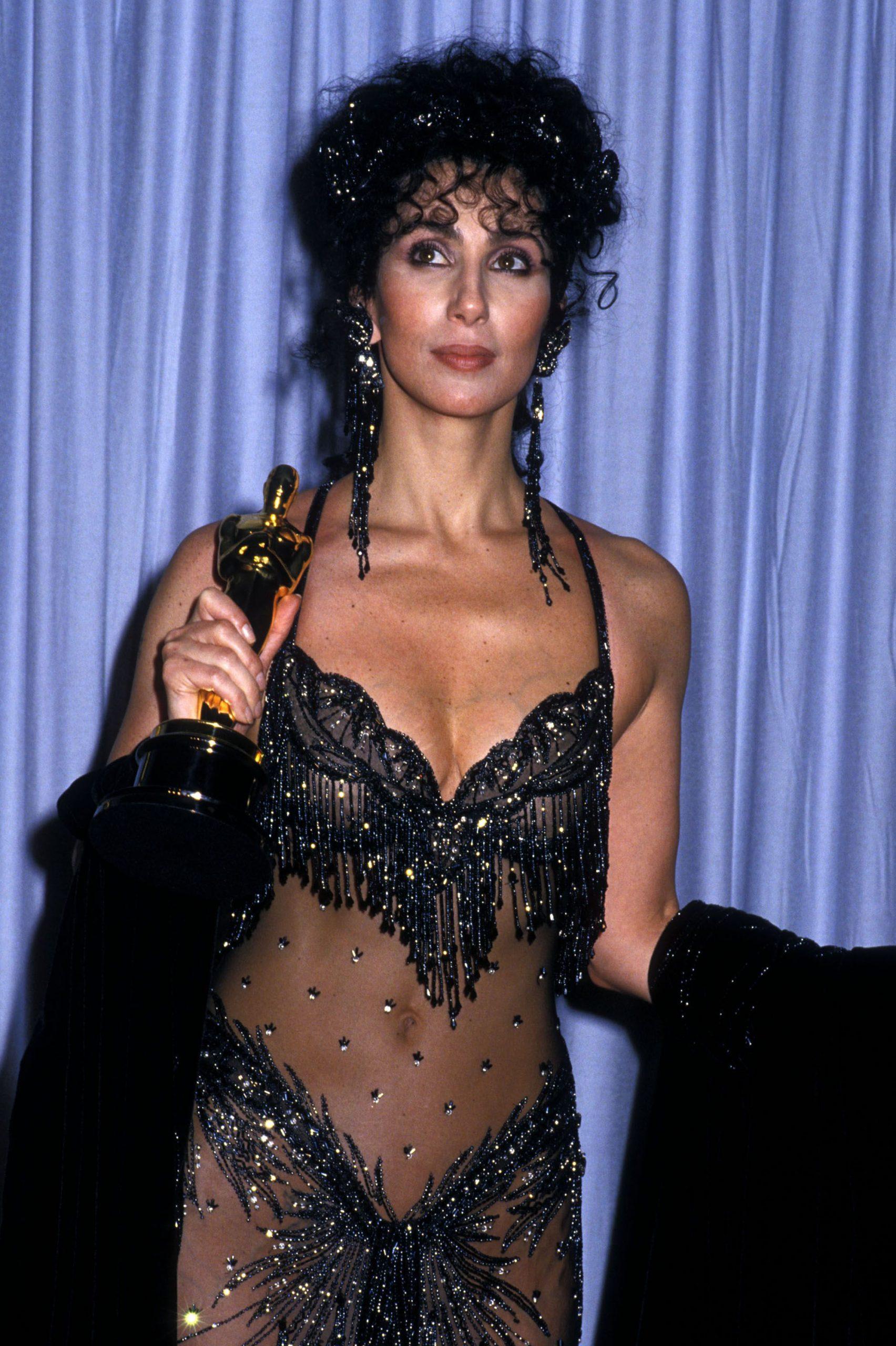 Cher naked dress oscar - Neomag.