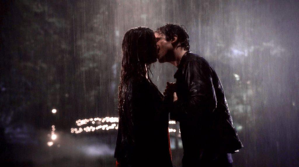 Bacio tra Damon ed Elena - neomag