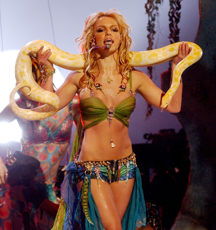 Britney Spears - neomag.