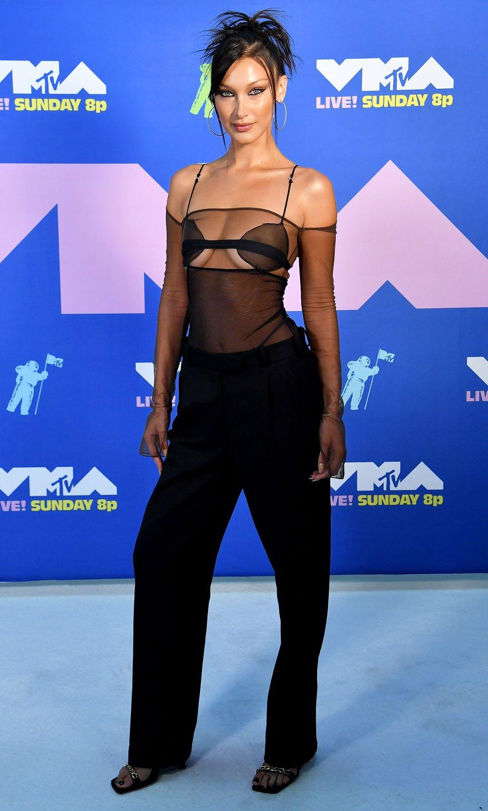 Bella Hadid VMA - neomag.