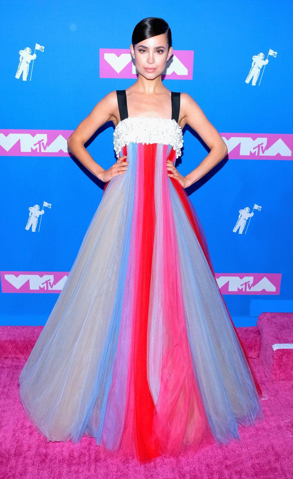 Sofia Carson VMA - Neomag.