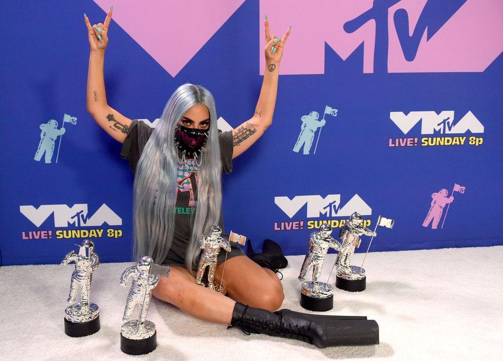 Vittoria di Lady Gaga ai vma 2020 - neomag.