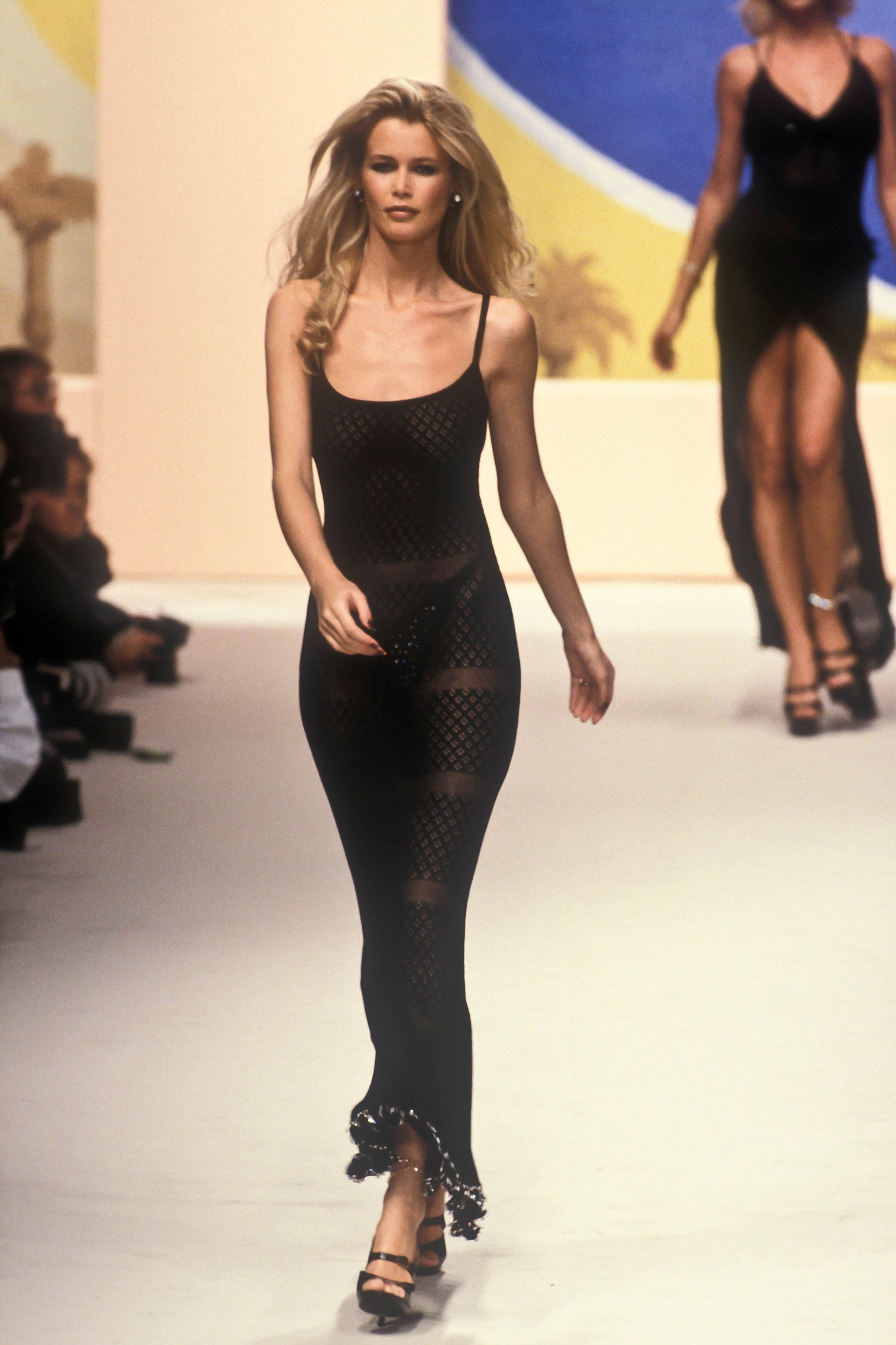 Claudia Shiffer x Armani - neomag.