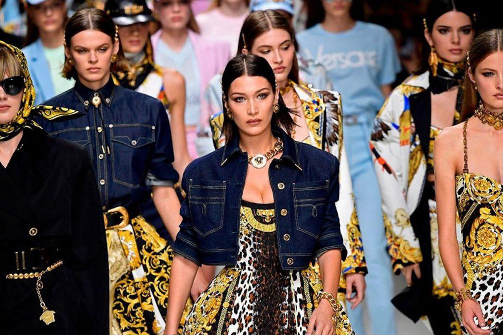 Valentino alla Milano Fashion Week - neomag.