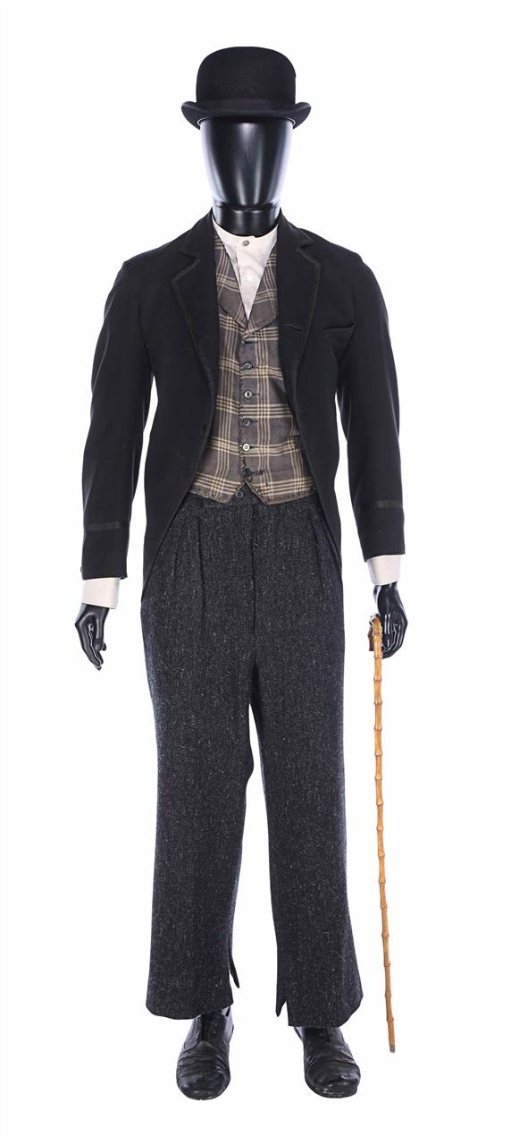 Il total look di Charlie Chaplin - Neomag.