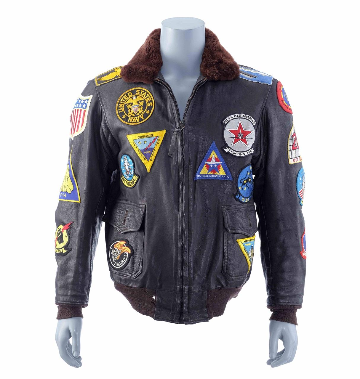 La bomber jacket di Pete 'Maverick' Mitchell - Neomag.