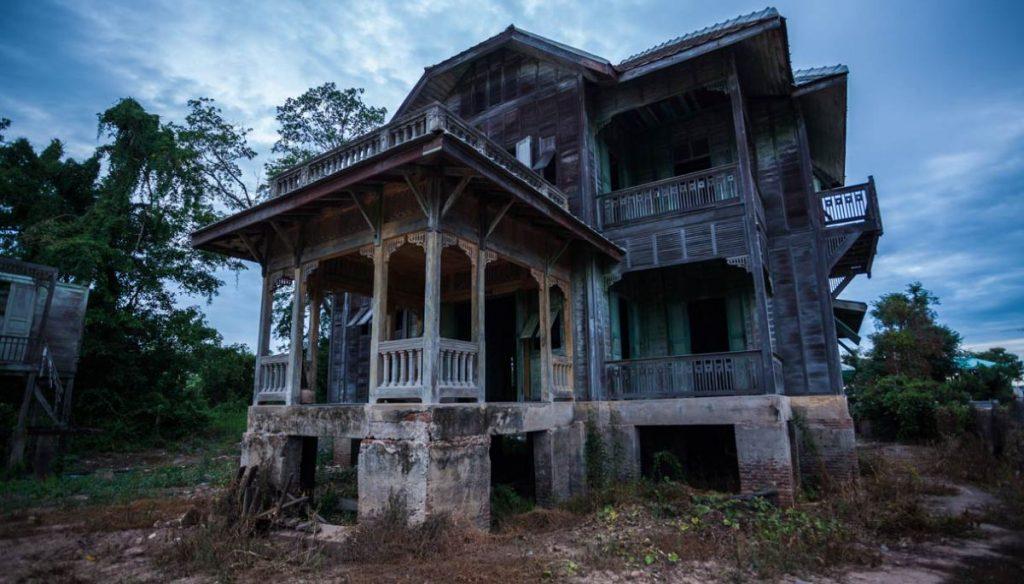 casa infestata halloween - Neomag.