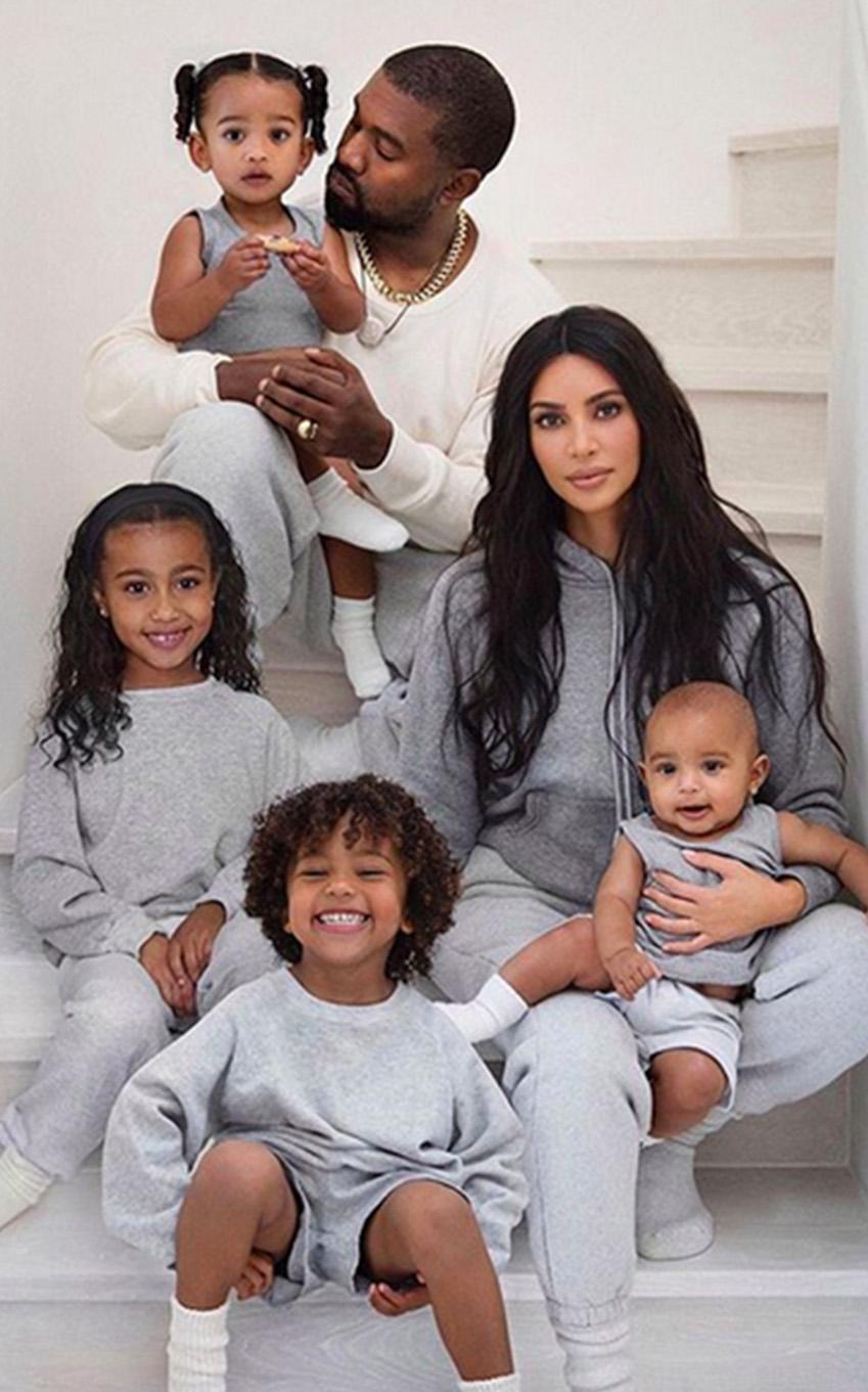 Famiglia Kardashian - Neomag.