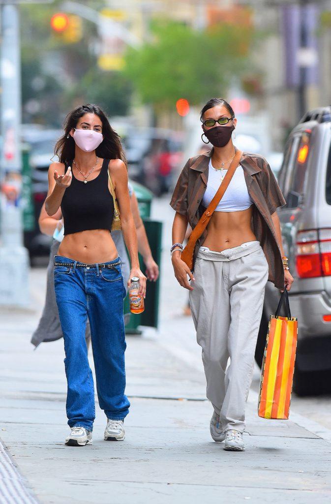 Bella Hadid jeans vita bassa - Neomag.