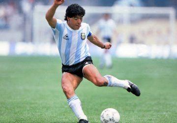 Napoli saluta Maradona - Neomag.