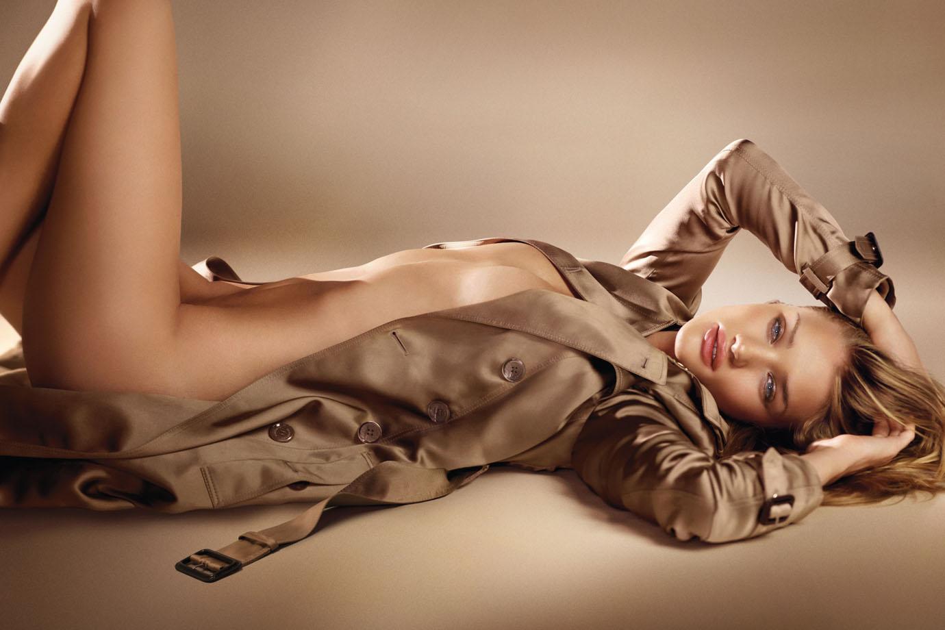 Burberry Body fragrance - Neomag.