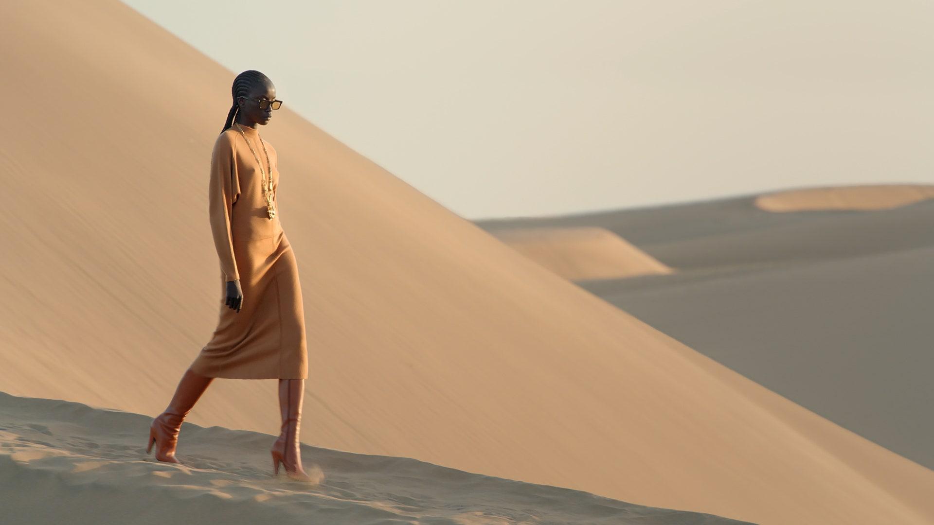 saint laurent sfilata deserto - Neomag.