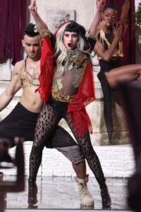 Lady Gaga - neomag.