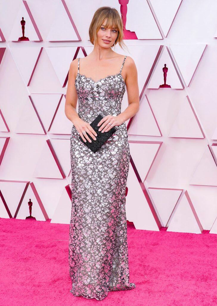 Margot Robbie Oscar 2021 - neomag.