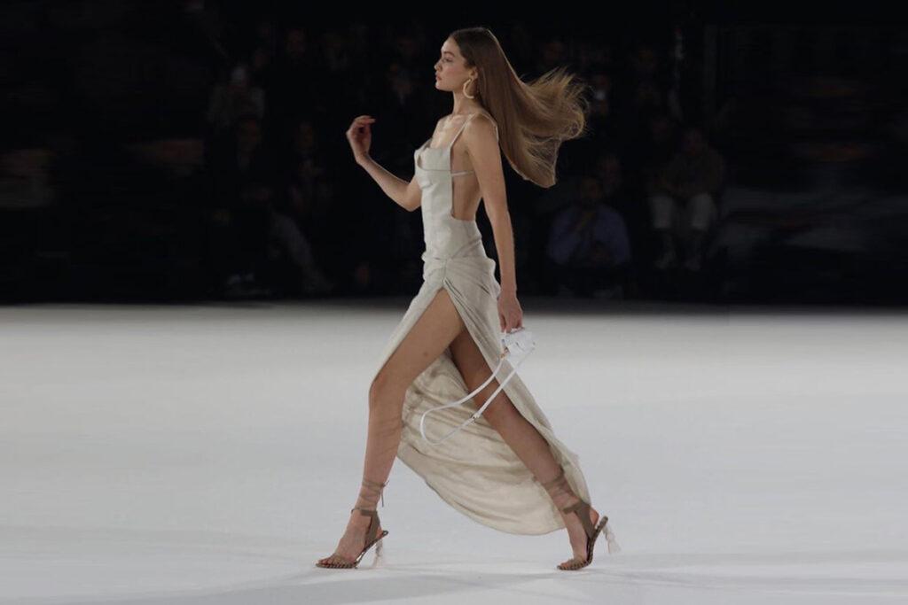 sfilate di Gigi Hadid - neomag.