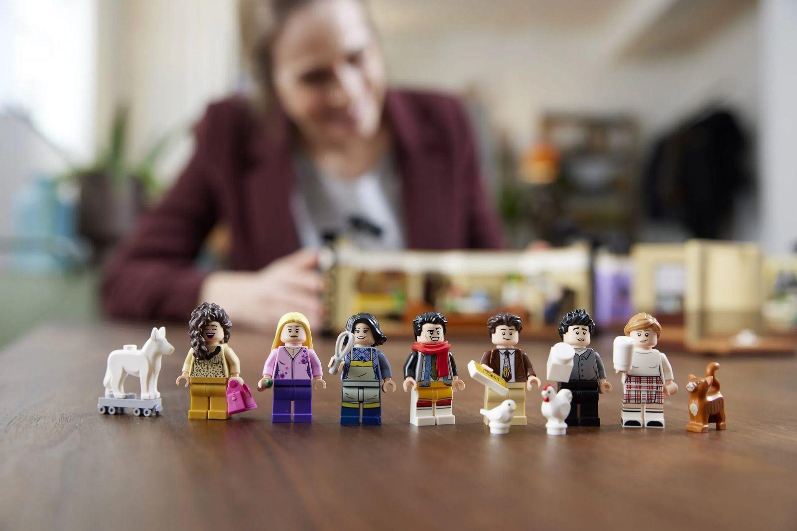 Cast Friends Lego - neomag.