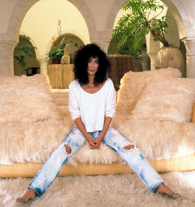 Cher in jeans - neomag.