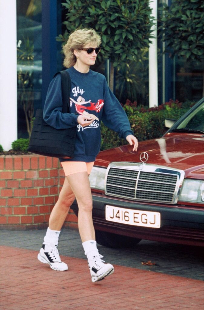 Lady Diana socks - neomag.