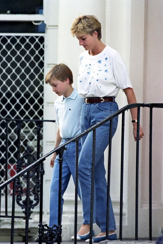 Lady diana in Jeans - neomag.