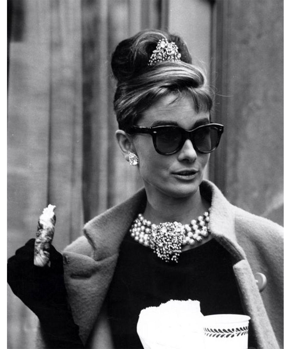 occhiali da sole Audrey Hepburn - neomag.